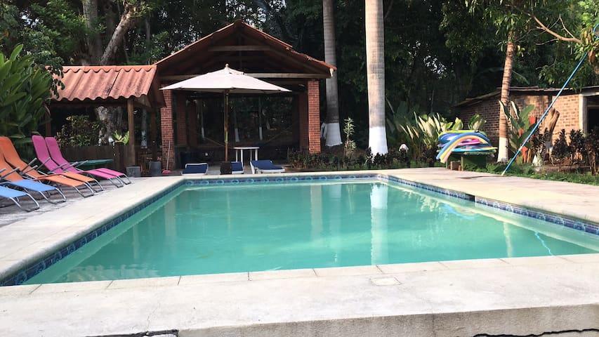 Finca Utatlan, La casa de Coque