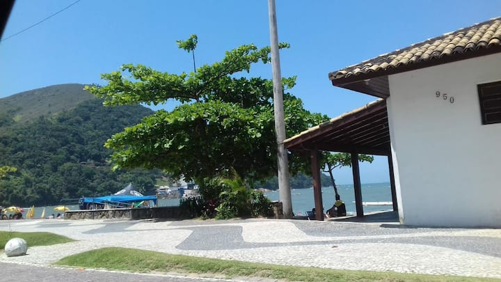 Casa na praia Martin de Sá - Caraguá