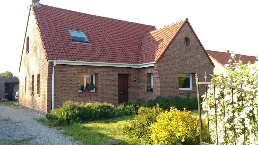 Charmante maison familiale en briques tout confort