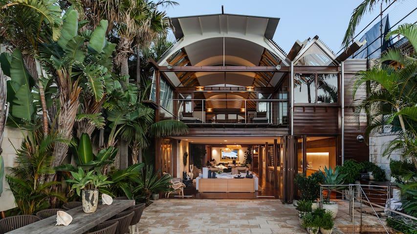 Villa Camp Cove