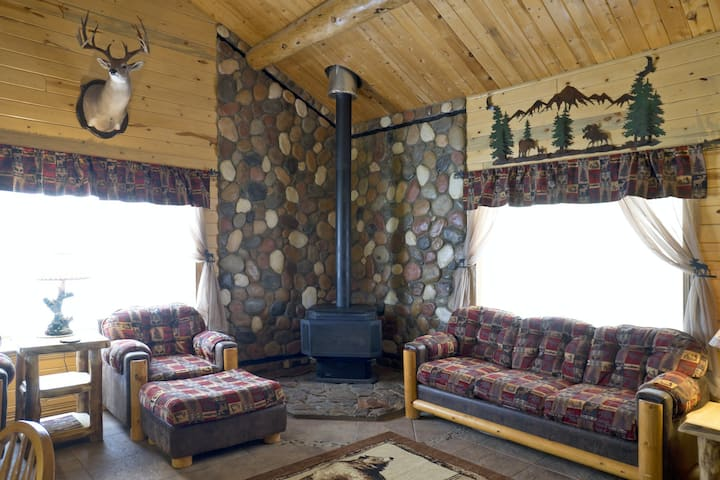 Remodeled, Dog-Friendly Cabin w/ Large Fenced Yard, WiFi & W/D - Great for ATVs!