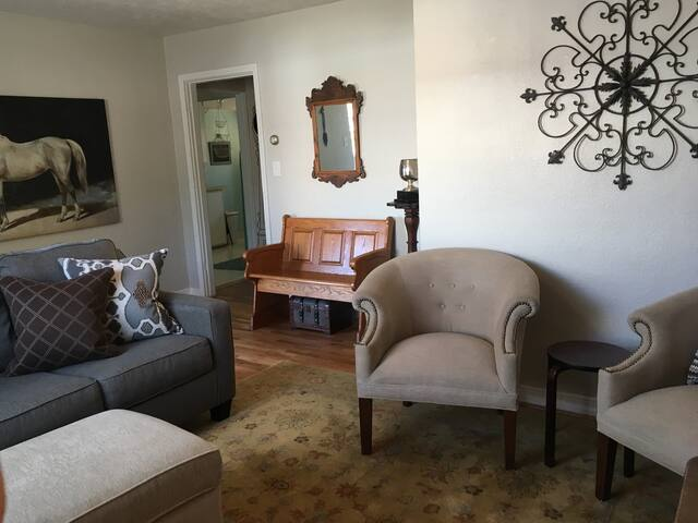 "#2 Burley: ""Suite Spot"", sleeps 2+"