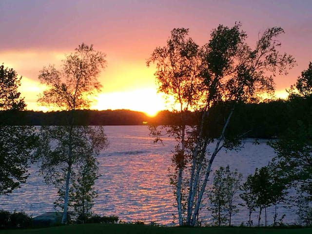 Red Cedar Lakefront Condo (owner operated)