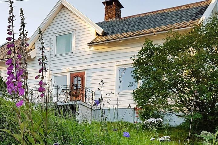 6 personas casa en LONEVÅG