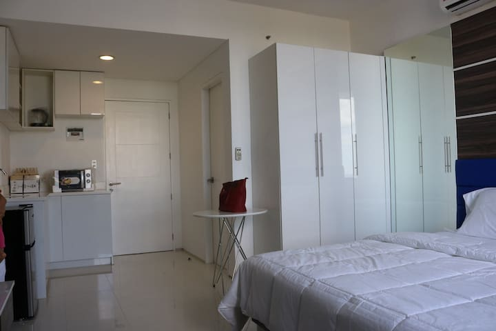Studio unit in Avenir Condominium, Cebu.