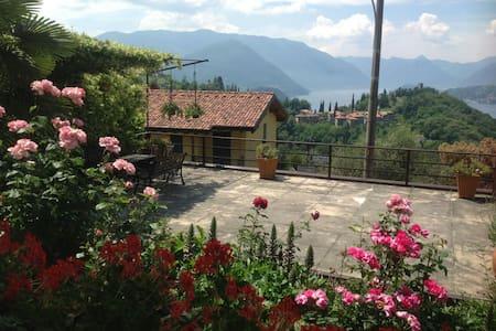 House view castel - Perledo - Wohnung