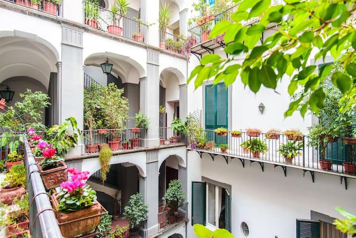 Palazzo della Principessa Naples