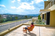Balcony to relax and enjoy the temperate weather in Kigali