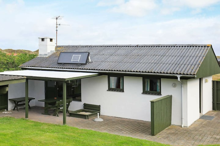 Vintage Holiday Home in Snedsted Jutland near Sea