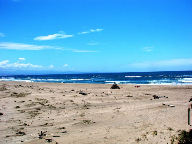 Shangri La Ocean Front between Monterey/Santa Cruz - Watsonville - Ortak mülk