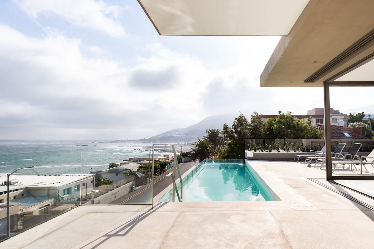 Penthouse with Sweeping Sea and Mountain Views