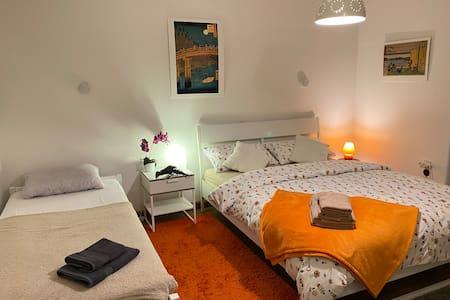 Villa Megapolis / 3 room 29 м² - center