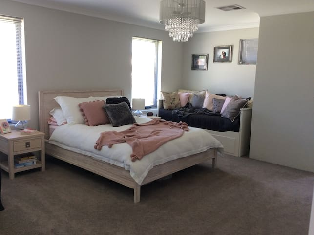 Large family home near Joondalup