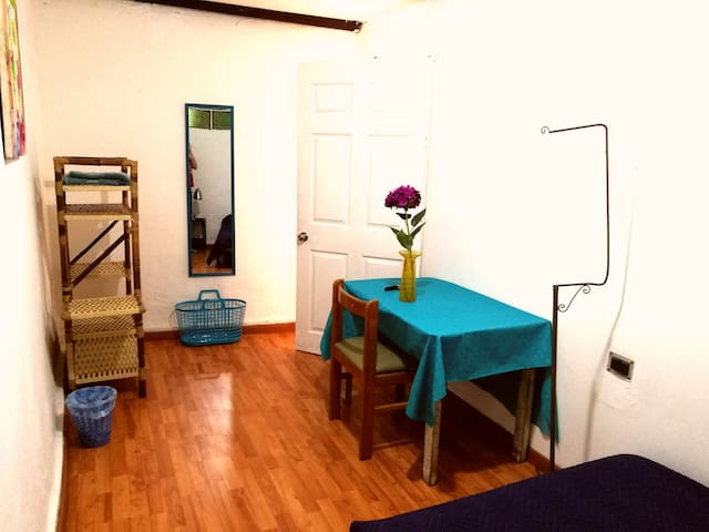 PRIVATE Room in HISTORIC downtown La Candelaria