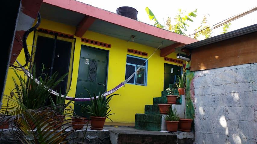 Brokedown Palace, San Pedro, Lake Atitlan R1