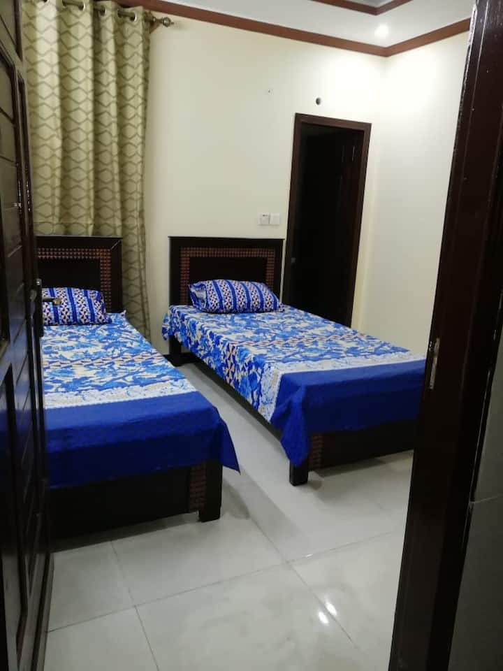 clean and fresh room with comertabel environment