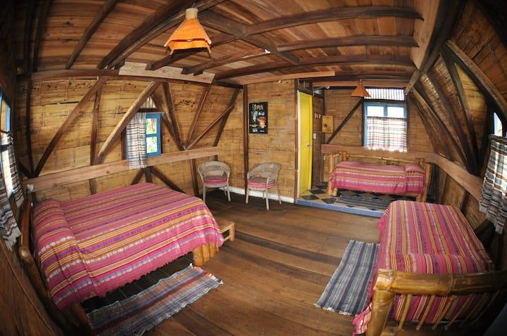Azuluna Ecolodge: Cabaña Familiar Estándar