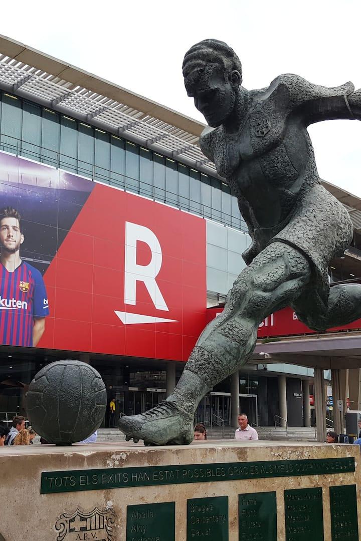 Cette statue cache une légende.