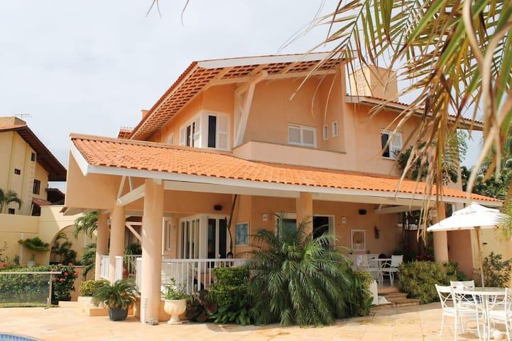Casa Vila Costa