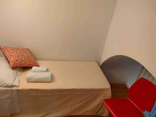 Soppalco con letto singolo