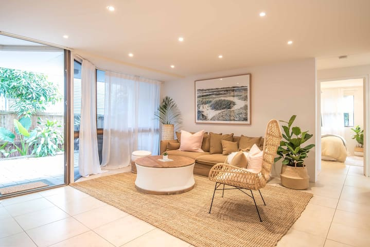 3 Bed Bliss - in the heart of Noosa Heads Village