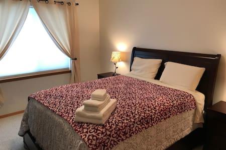 Cassiar Queen Room