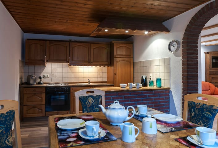 "Ferienhaus ""Mensteder Utkiek"", Nordsee - Großheide - Casa de huéspedes"