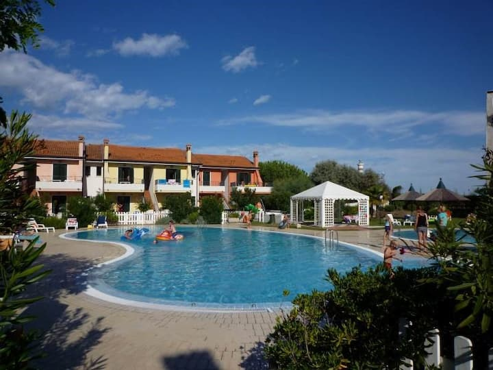 Apartment for 4+1 persons with pool R46756