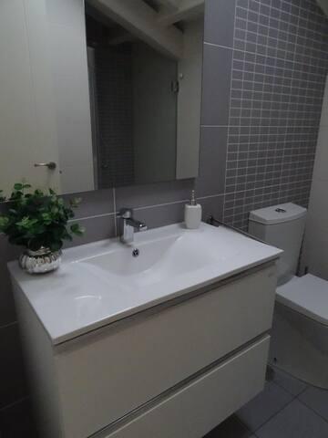 Bonito baño // Nice bathroom