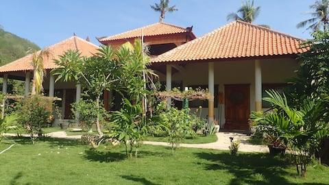 Hibiscus House Spacious room w/pool