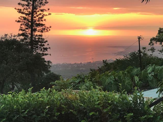 Spectacular Views of Kailua-Kona