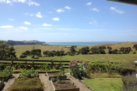 peaceful rural lifestyle in South Head - South Head - 木屋