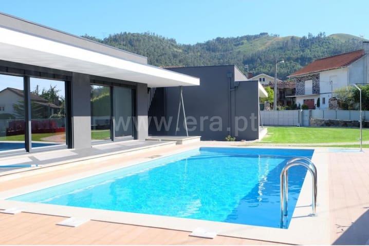 Antónias Casa de campo com piscina (PNPG) - Terras de Bouro - Stuga