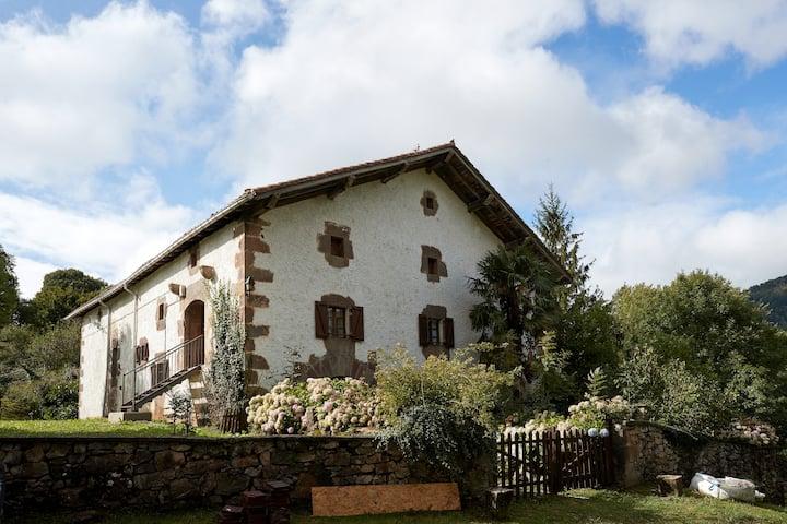 Marako Borda, caserío tradicional.
