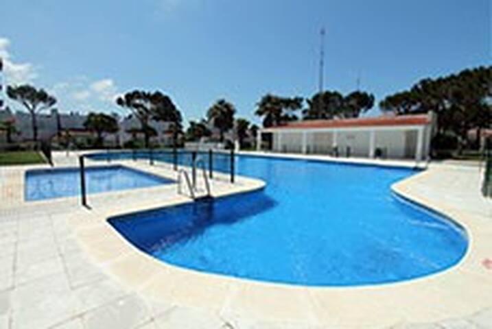 Alquiler Apartamento Planta Baja -LOMA24