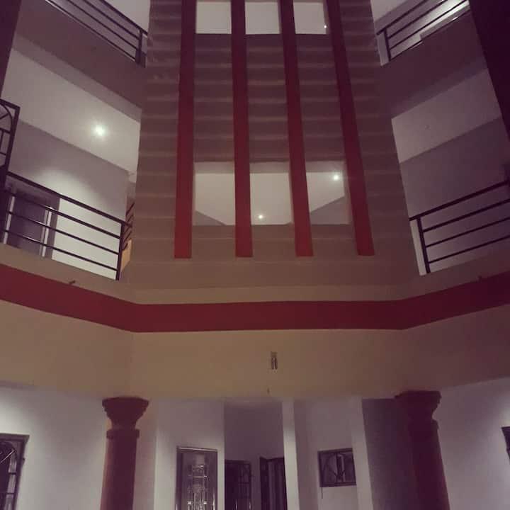 L'escale 2