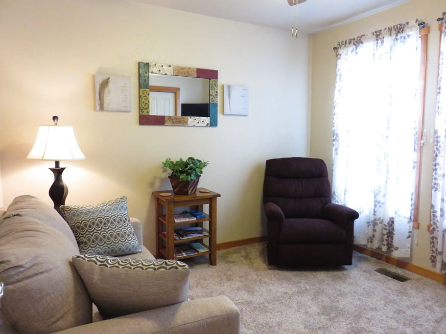 Separate, cozy den with cable TV and movie channels, too!