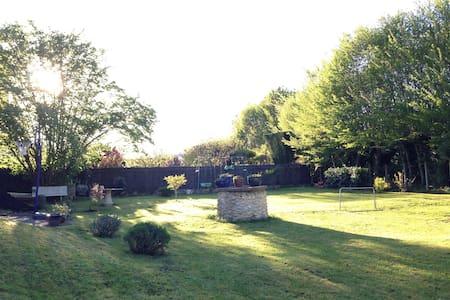 Maison campagne Dordogne 7pers150m2 - Neuvic - Hus