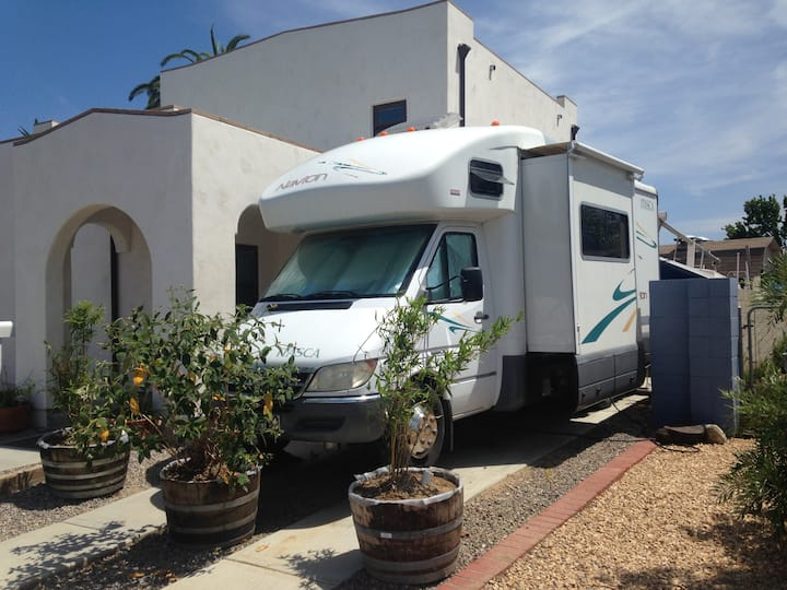 Navion Nights: 24 ft RV (driving not included)