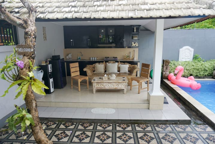 PROMO 33% 2BR PRIVATE VILLA, 5 min to 66 Beach