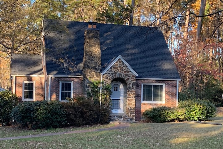 Lovely, well located home in Duke Forest