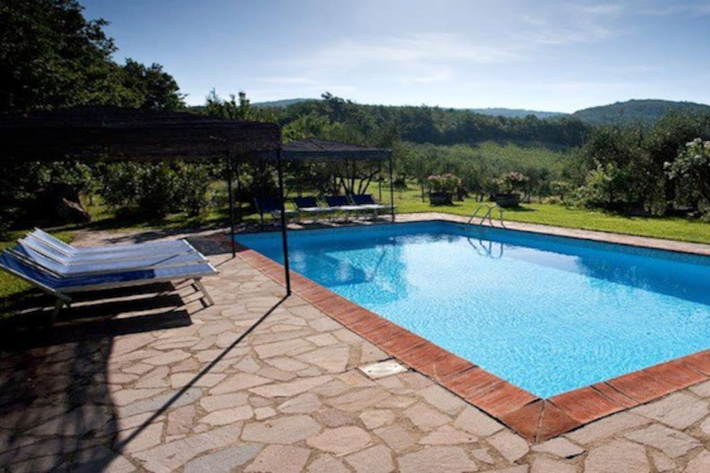 Pool overlooking the valley.