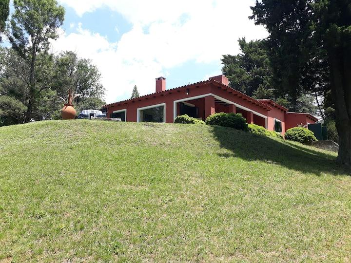 """Casa en las Sierras de Córdoba """"LAS MARÍAS"""""""