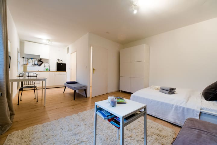 Gemütliches Apartment - W-LAN Küche -Sitzbadewanne