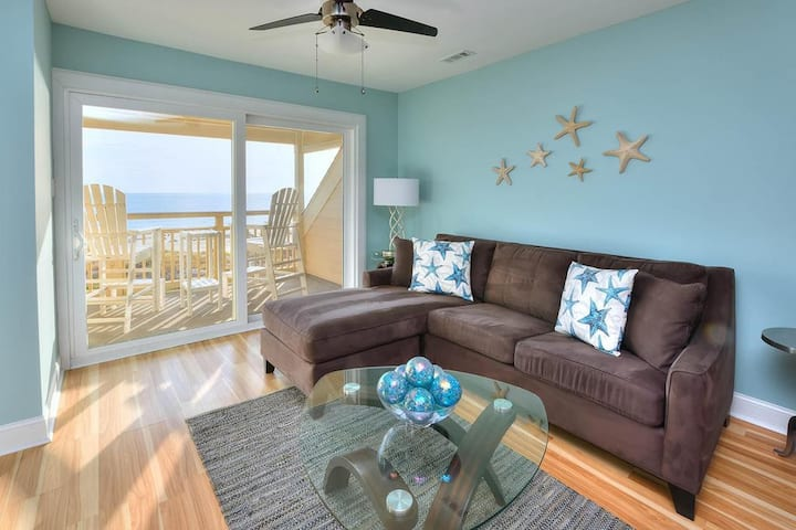 Oak Island Beach Villa 909-Sand Destiny-Oceanfront Condo with Swimming Pool
