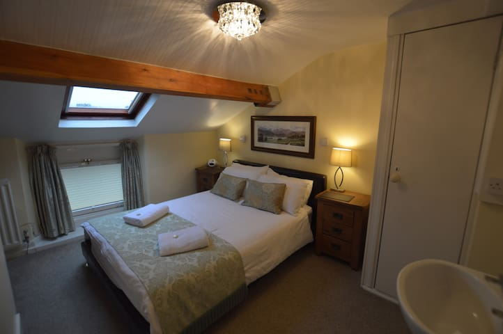 All Seasons, Small Double attic room not en-suite