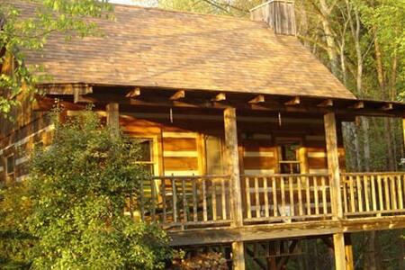 Rosewood Log Cabin - Casa