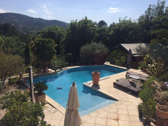 SafariZelt mit Pool auf privatem grossen Anwesen - Néoules - Barraca