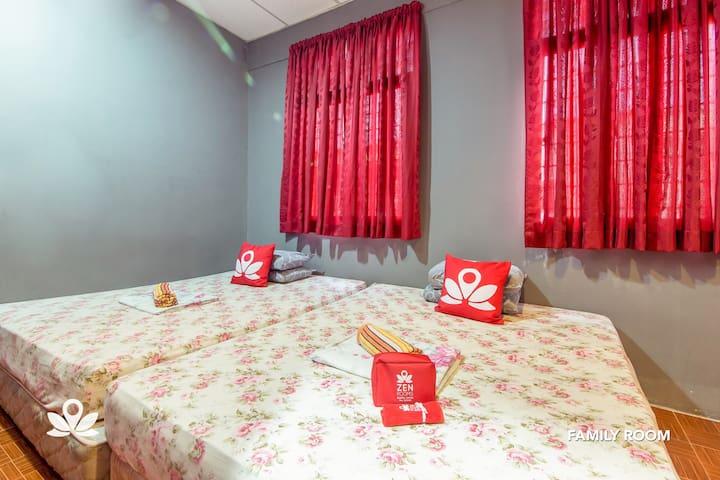 Chic Room at Nabil Nabila Motel