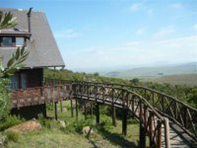 Mount Everest Game Farm - Harrismith - Chalet